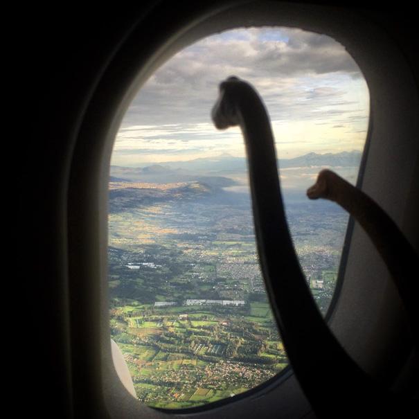 travel-photography-dinosaur-toys-dinodinaseries-jorge-saenz-191