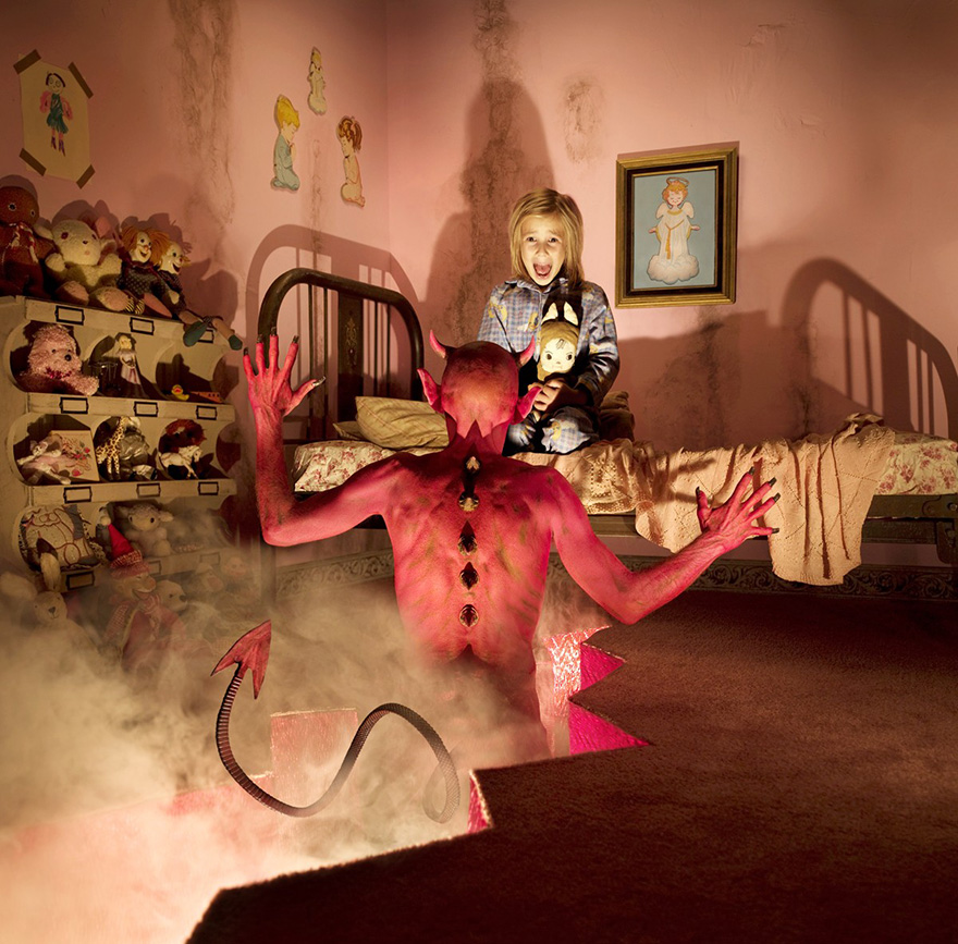 creative-child-photography-horror-joshua-hoffine-10