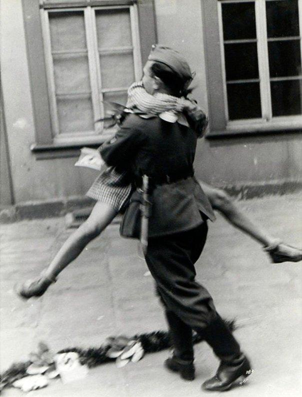 Un soldado regresa de la guerra, 1940