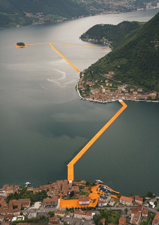 floating-piers-open-christo-jeanne-claude-italy-6