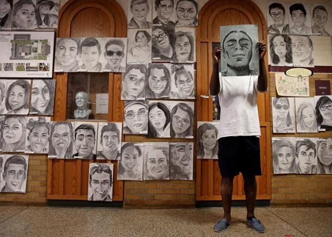 high-school-student-secretly-draws-graduation-portraits-boston-latin-school-phillip-sossou-2