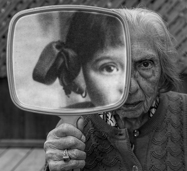 De 91 años de edad de la madre de edad avanzada-women-extrañas-unos-tony-Luciani-11 lúdico-fotografía-