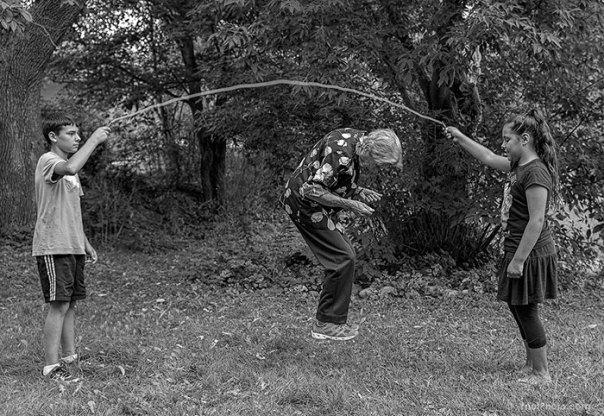 De 91 años de edad de la madre de edad avanzada-women-extrañas-unos-tony-Luciani-13 lúdico-fotografía-
