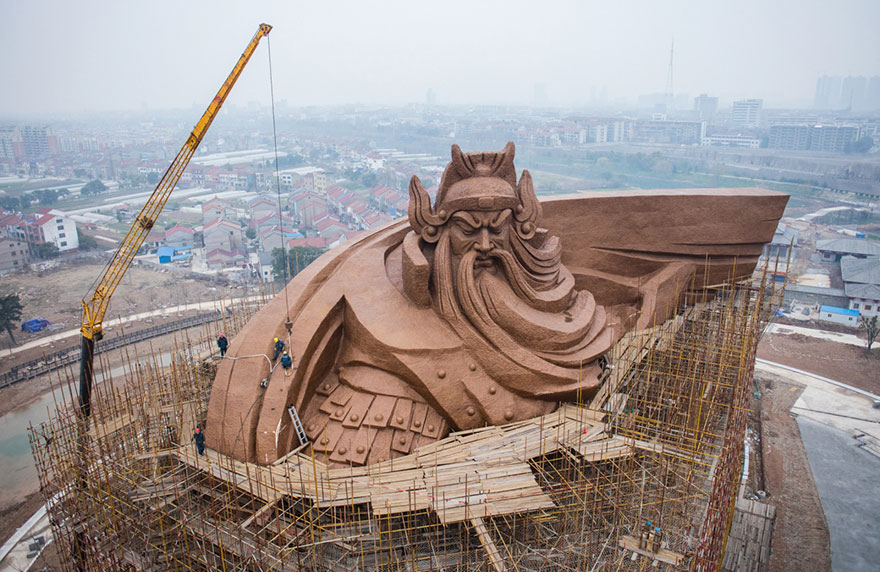 giant-war-god-statue-general-guan-yu-sculpture-china-6