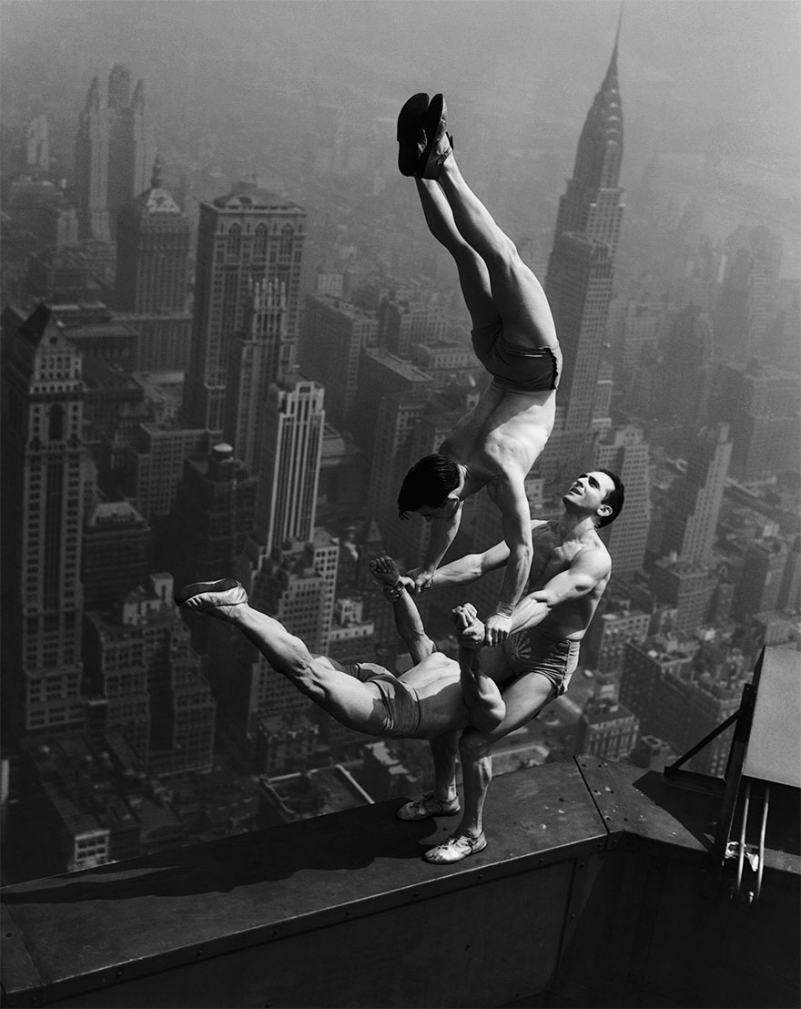 Acrobats Equilibrio In cima all'Empire State Building 1934