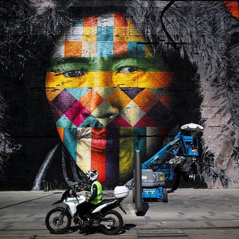 Mundo-maior-mural-street-art-las-etnias-the-ethnicities-eduardo-kobra-rio-olympics-brazil-13