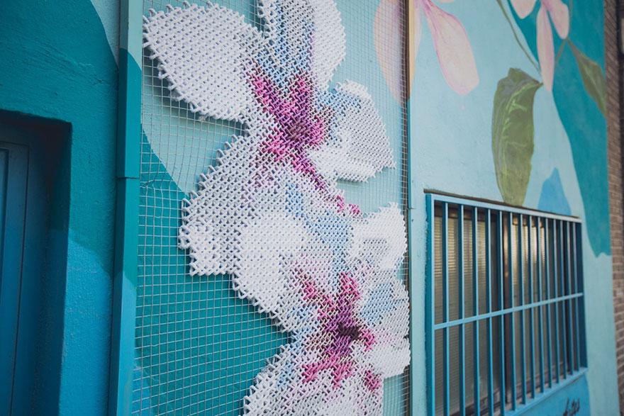 floral-cross-stitch-street-installations-raquel-rodrigo -9