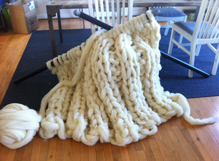 extreme-knitting-blanket-tutorial-12