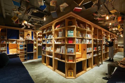 bookstore-hostel-book-and-bed-tokyo-kyoto-2
