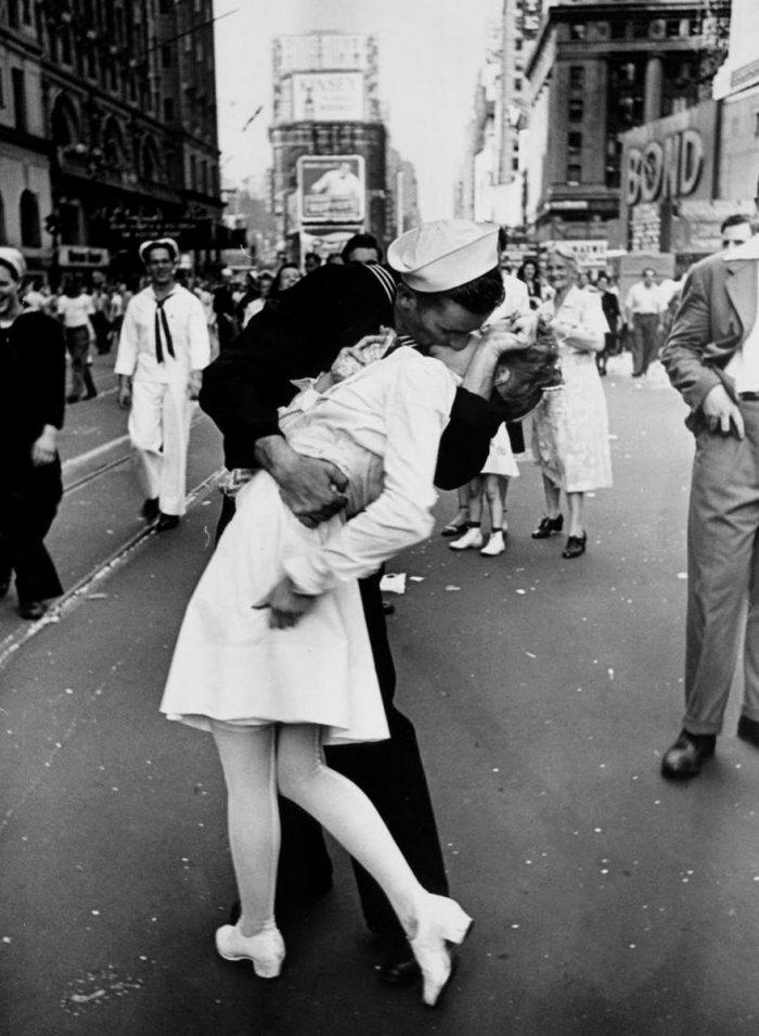 Día VJ en Times Square, Alfred Eisenstaedt de 1945