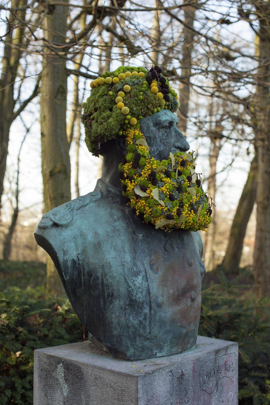Çiçek kronları-sakal-anıtlar-geoffroy-mottart-brüksel-6