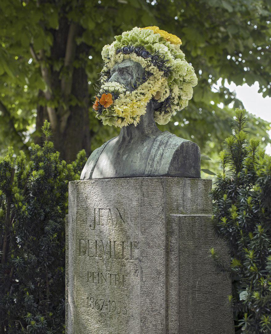 Çiçek kronları-sakal-anıtlar-geoffroy-mottart-brüksel-8