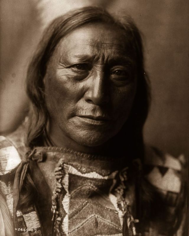 Hollow Horn Bear, a Brulé man, 1907