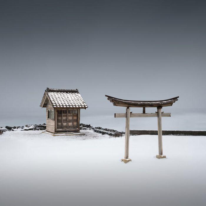 Torii Viii - Hokkaido