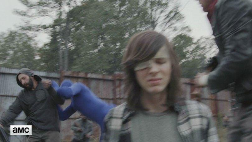 walking dead tiger man seven season shiva 2 1 - Veja como foi filmado esta cena do Tigre em The Walking Dead