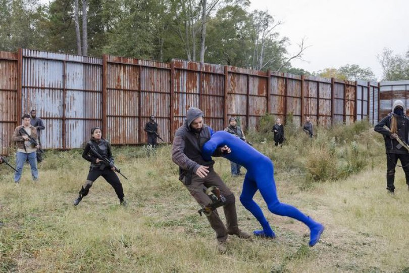 walking dead tiger man seven season shiva 9 - Veja como foi filmado esta cena do Tigre em The Walking Dead