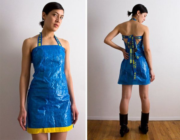 people making clothes ikea bags 4 59116c7804168  700 - People Are Now Making Clothes Out Of 99-Cent IKEA Bags, And They Look More In The $2000+ Range