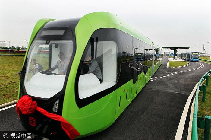 art-train-virtual-tracks-crrc-china-3