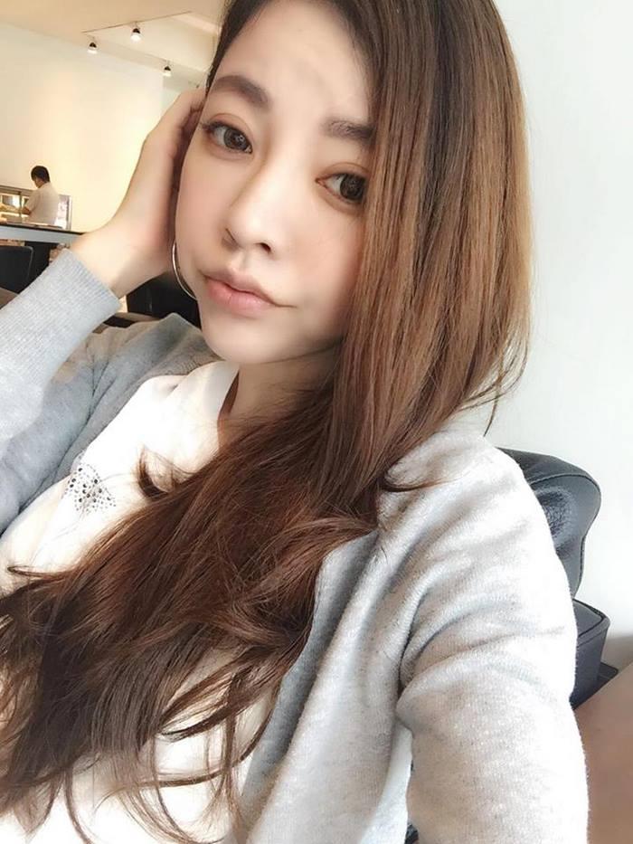 giovanile-taiwanese-donna-madre-sorelle-attirare-fayfay-sharon-Hsu-006