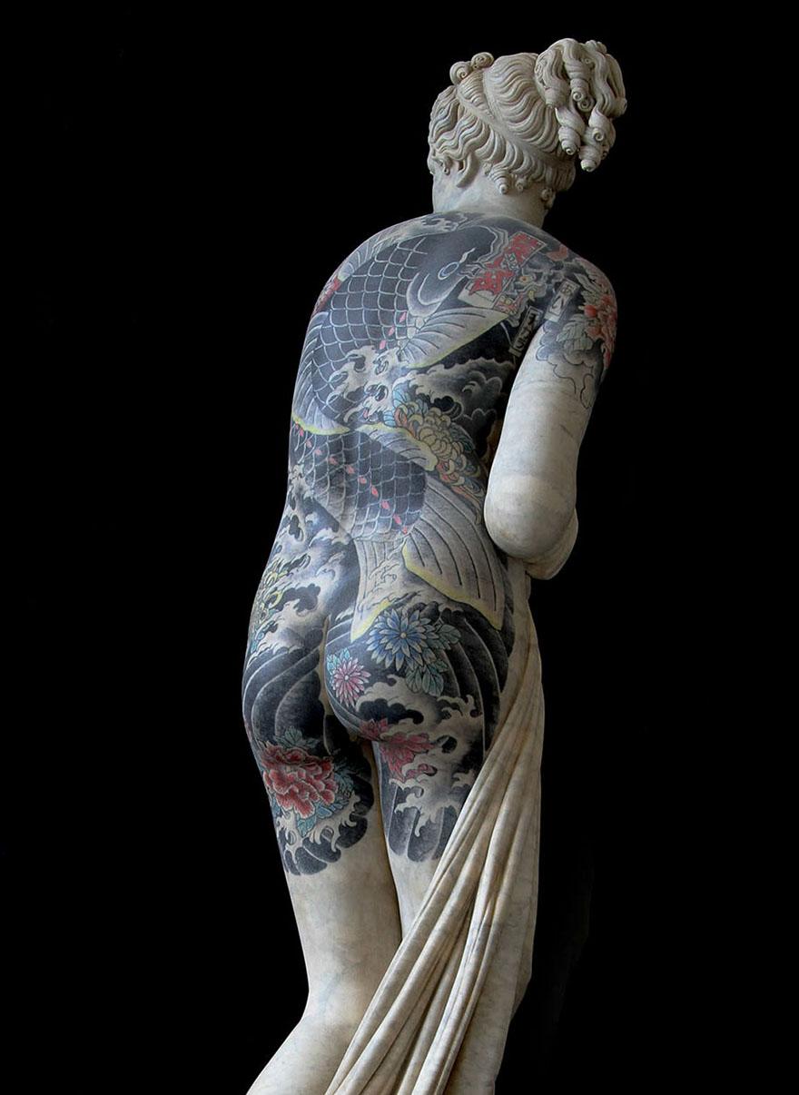 Marble Statue Tattoo : marble, statue, tattoo, Italian, Artist, Gives, Classical, Sculptures, Criminal, Tattoos,, Makes, Totally, Badass, Bored, Panda