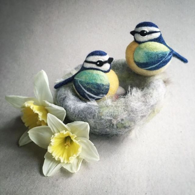 I'm A Self-Taught Artist Who Needle Felts Charming Animals