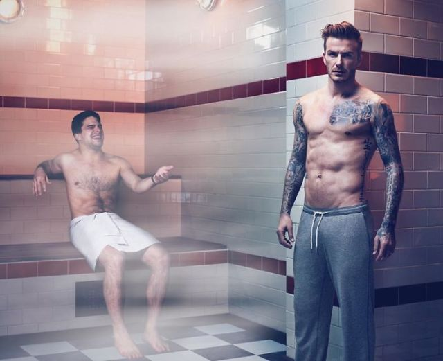 Guy Keeps Photoshopping Himself Into Celebrities' Lives, And We Can't Stop Laughing (10+ New Pics)