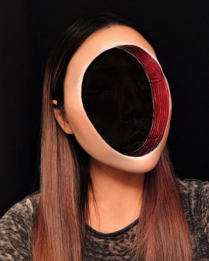 Woman Gives Up Teaching To Create Optical Illusions With Makeup, And It's Messing With Our Minds