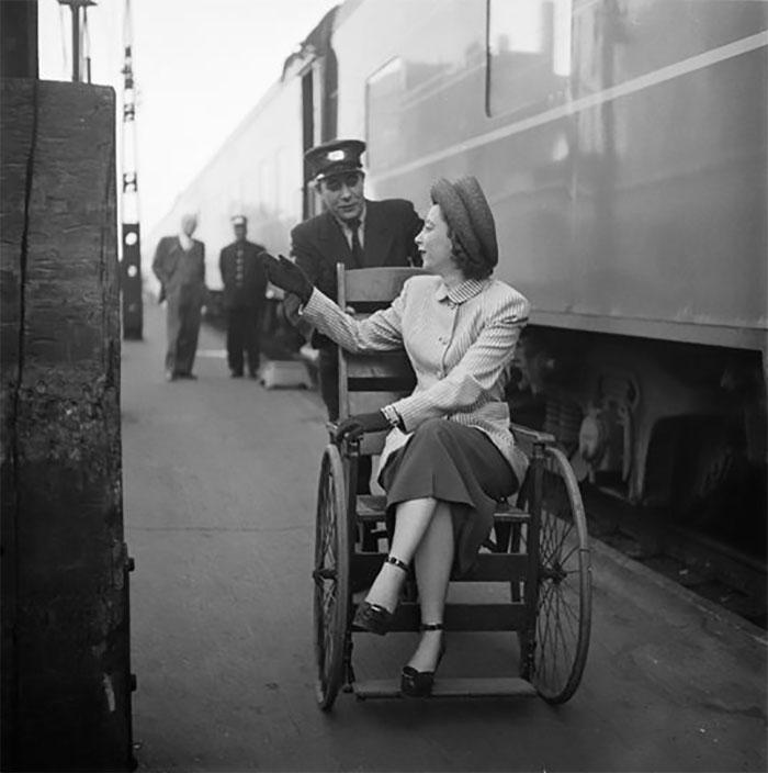 Woman On The Train Platform, 1948