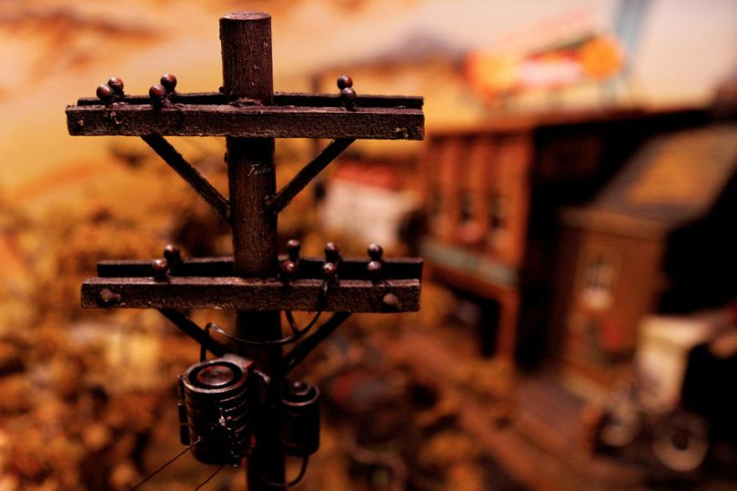 002  MG 5762 59d5029bea346  880 - Artista constrói mini cidade baseado em filme de Stephen King