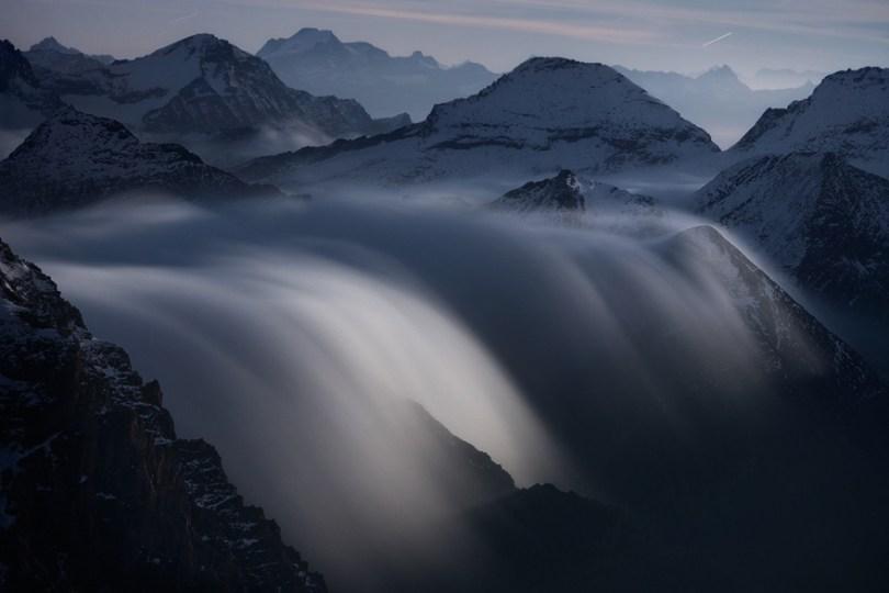 07 Rivers of Clouds at Moonlight 59f34843a0c08  880 - O mundo acima das nuvens
