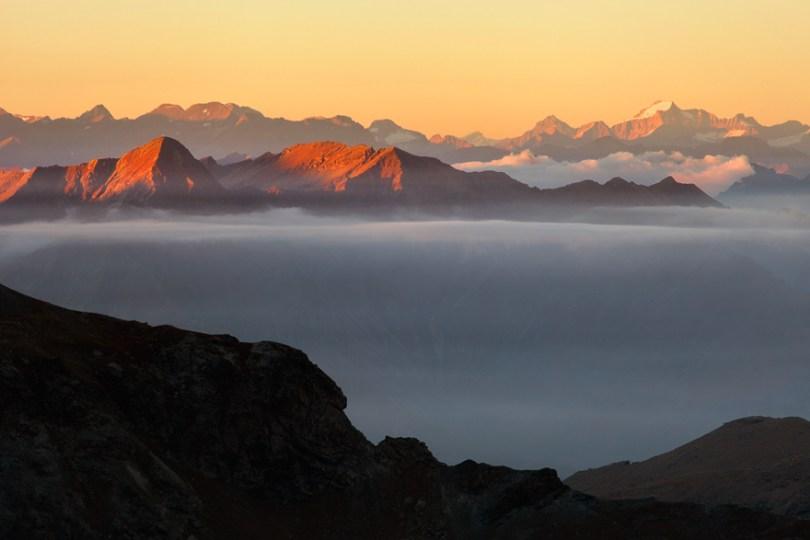 36 Floating Mountains Losas 59f3499f0faf8  880 - O mundo acima das nuvens