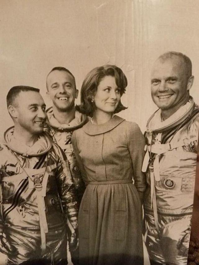 Mi Abuela Con Algunos Astronautas Del Mercury siete John Glenn, Gus Grissom Y Alan Shepherd (14 De Septiembre, 1959)
