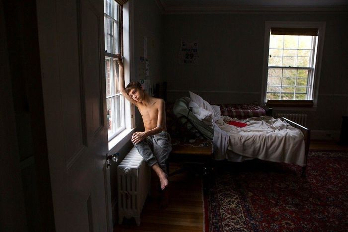26 Photos Of Americans In Their Bedrooms Let Us Take A