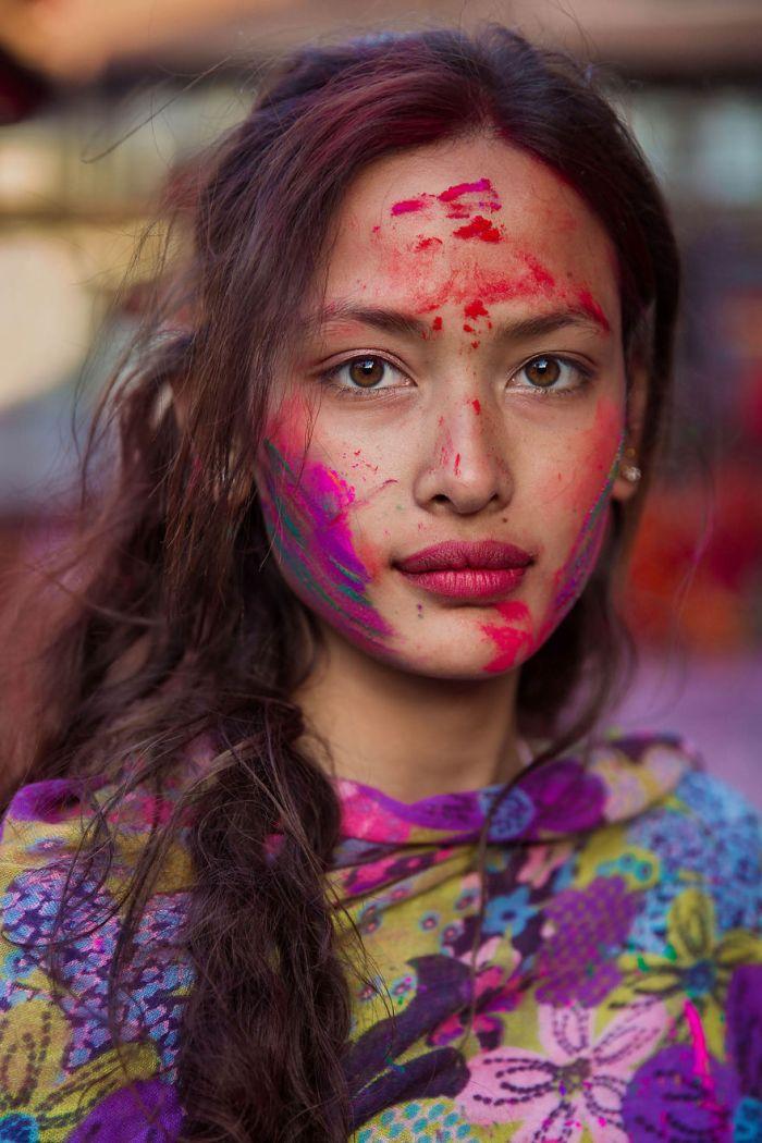 She photographed women in 60 countries to change the way we see beauty 59f0421301a7a  880 - Projeto de fotógrafa romena propõe tirar fotos de mulheres pelo mundo