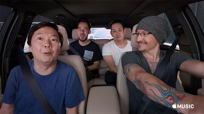 chester-bennington-linkin-park-carpool-karaoke-12