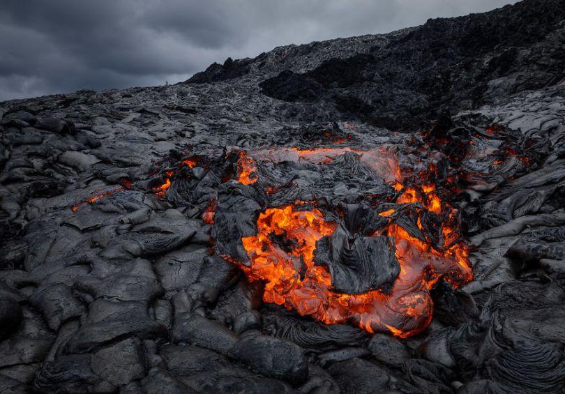 j Kilauea Lava Flows 7 10 2017 1 59f8c7f703431  880 - Fotógrafo chega muito perto de lava com o seu Drone