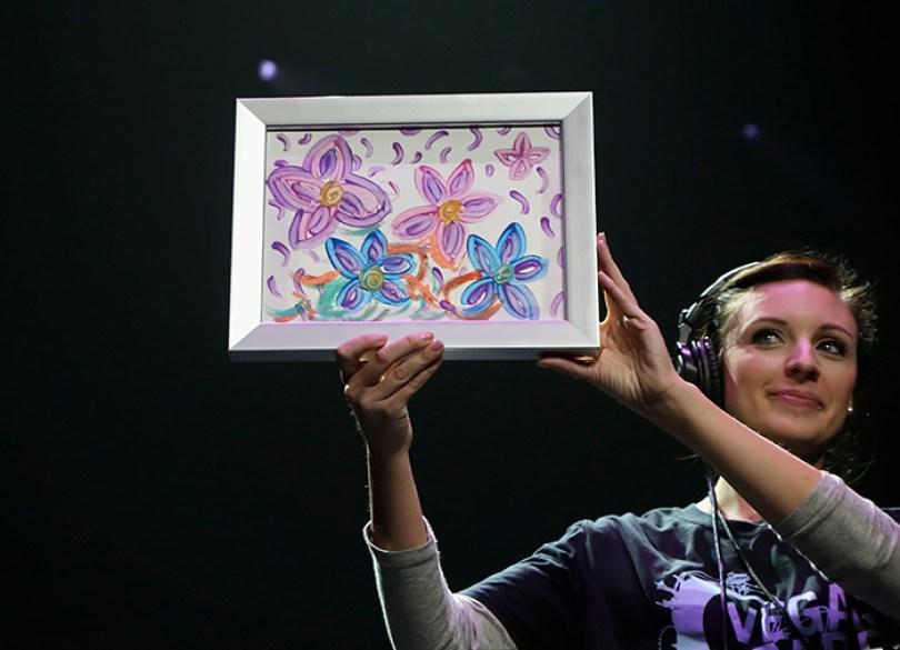painting sold las vegas victims britney spears 1 5a02c4957bf24  700 - Você compraria um quadro pintado por Britney Spears?
