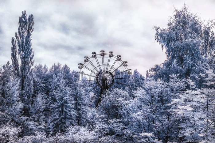 The Iconic 26 Meters Tall Ferris Wheel In Pripyat's Amusement Park