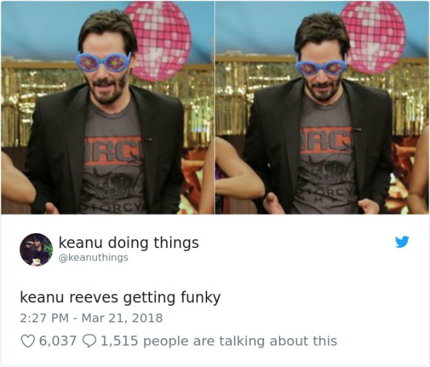 976465209975103488-png__700 The Internet Can't Stop Laughing At Keanu Reeves Doing Things (26 Pics) Design Random