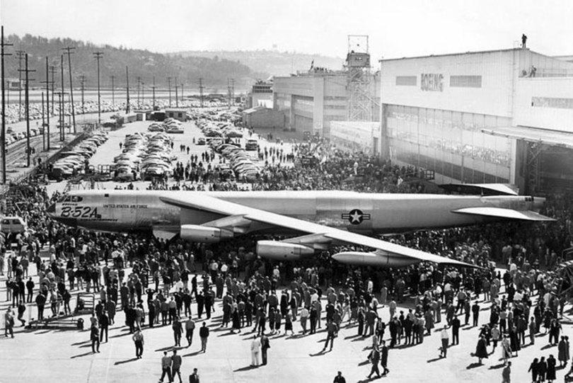 """boeing fake rooftop town world war seattle 19 5aa65576b6877  880 - 2ª Guerra: EUA projeta um """"bairro falso"""" para eliminar possíveis ataques aéreos"""