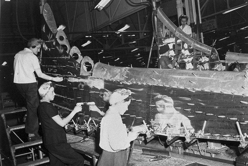 "boeing fake rooftop town world war seattle 20 5aa65578c1e4a  880 - 2ª Guerra: EUA projeta um ""bairro falso"" para eliminar possíveis ataques aéreos"