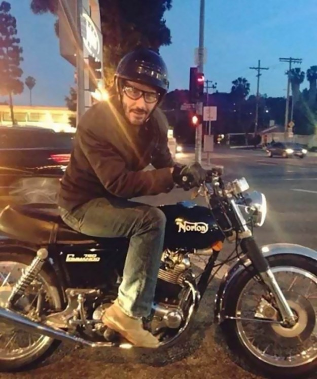 keanu-reeves-doing-funny-stuff-keanudoingthings-1-5abc9825bf95b__700 The Internet Can't Stop Laughing At Keanu Reeves Doing Things (26 Pics) Design Random