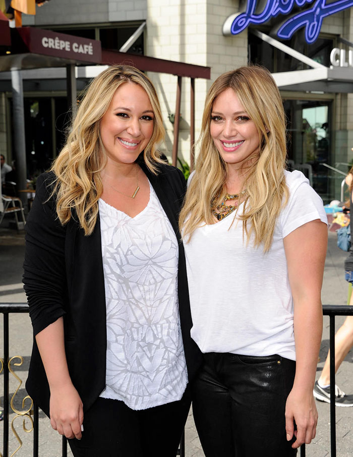 Hilary Duff With Her Sister Haylie
