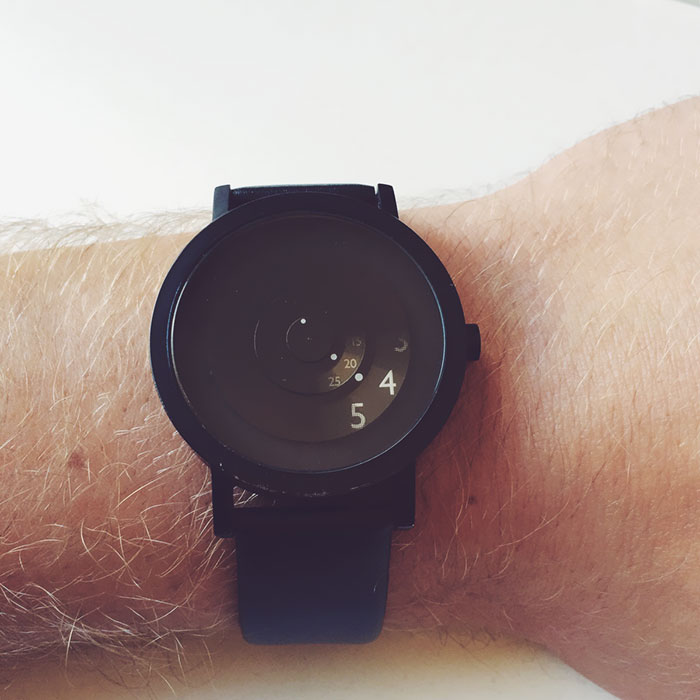 My Minimal Watch. It Only Shows What You Need To Know