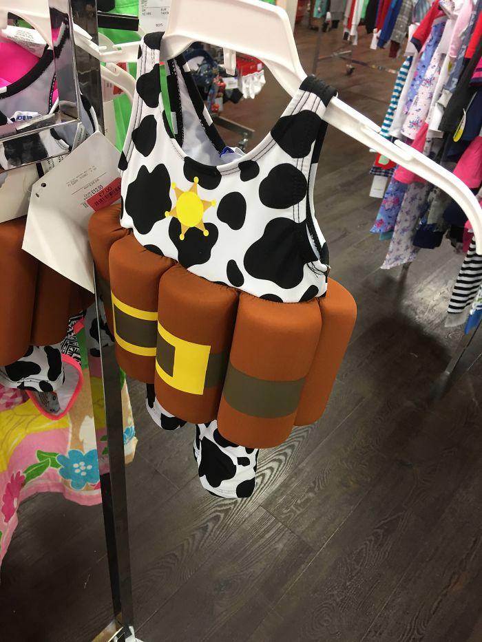 Este traje de baño para niños que Parece un chaleco suicida