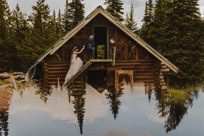 Phone-screen-reflection-trick-wedding-photography-mathias-fast-39