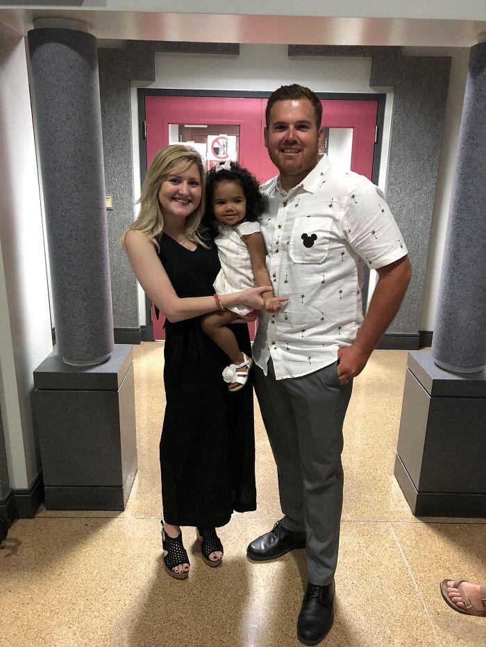Después de 590 días, adoptamos finalmente a nuestra hija