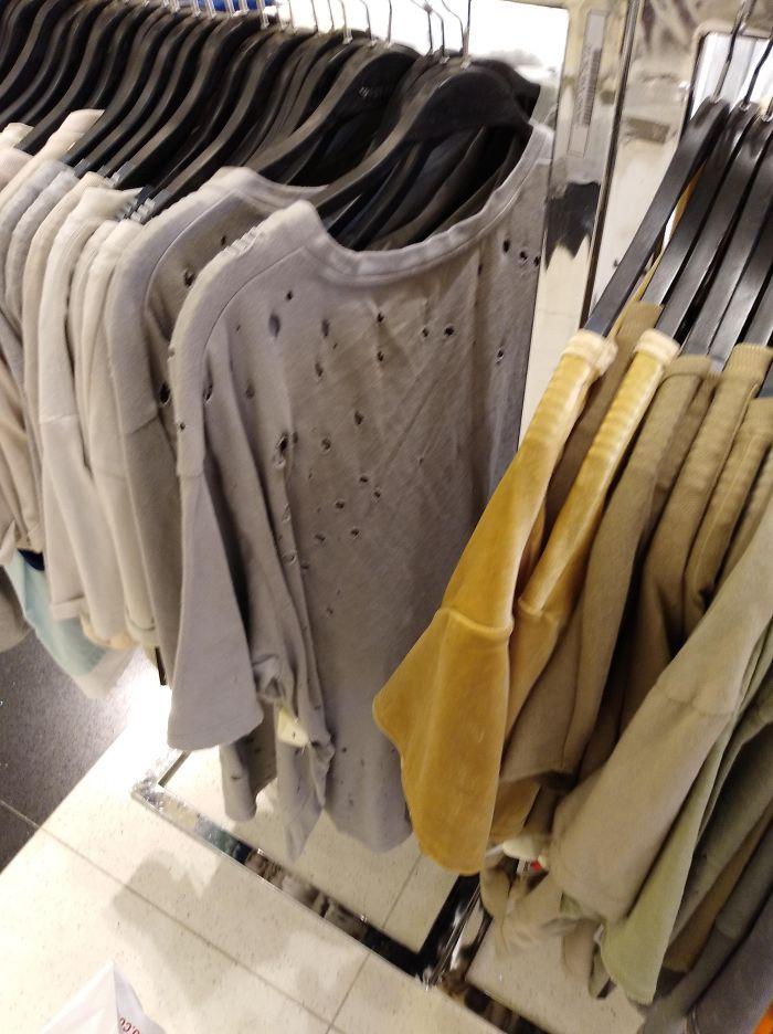 Comprar ropa costosa para parecer menos caro