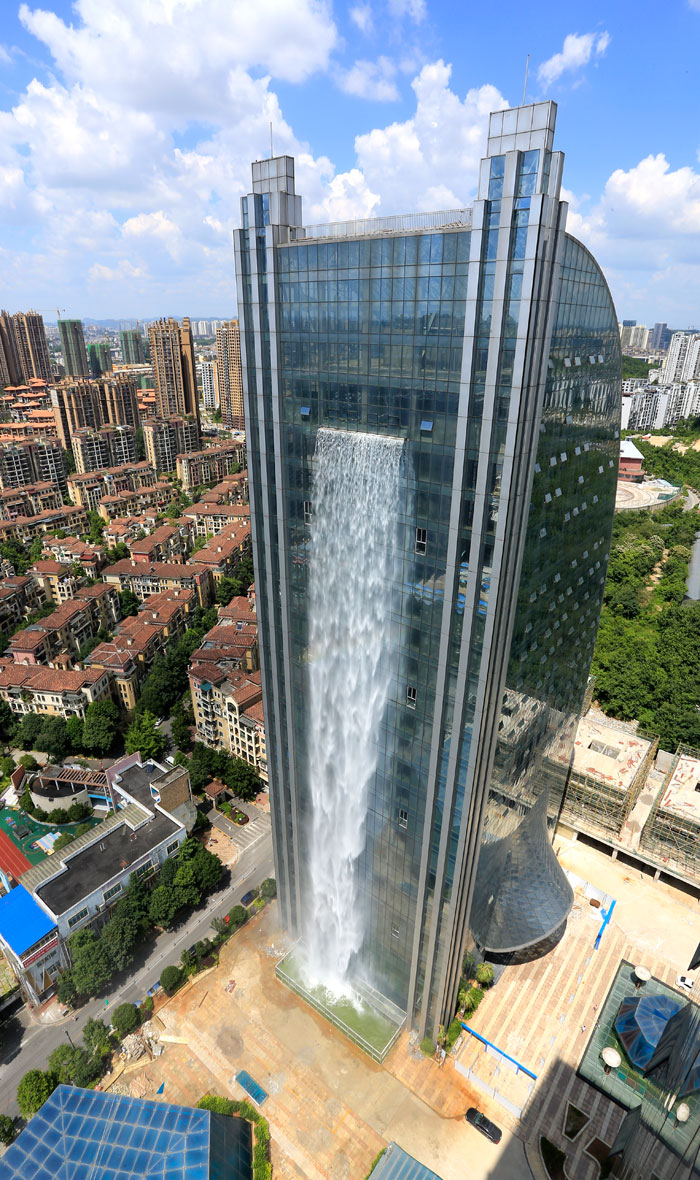 mas sive-artificial-waterfall-skyscraper-china-guiyang-26