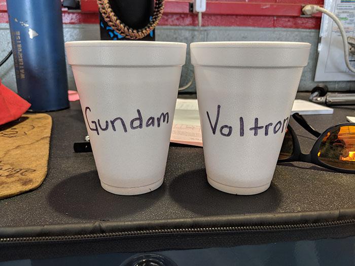 Copas divertidas del compañero de trabajo